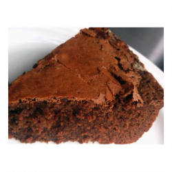 http://www.mondizen.com/4288-4787-large/moist-chocolate-cake-ingredients-recipe.png